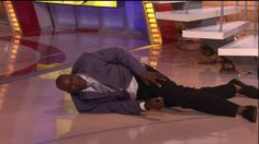 Shaq Slips & Hits The Deck, Chris Webber Loves It....This cracked me up big time! That's a big man hitting the ground!