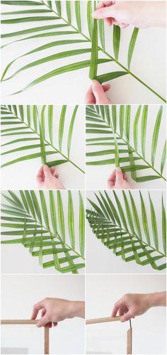 DIY Leaf Art with WOW factor! Create petal or leaf patchwork that'll enhance any room. DIY din egen plante kunst til væggen, plant on! Art Floral, Deco Floral, Ikebana, Leaf Wall Art, Leaf Art, Alternative Kunst, Leaf Design, Floral Design, Diy Y Manualidades