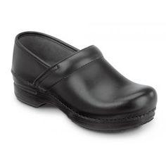 667a92a055156 Dansko SDK000200 Women s Black Box MaxTrax Soft Toe Slip Resistant Clog