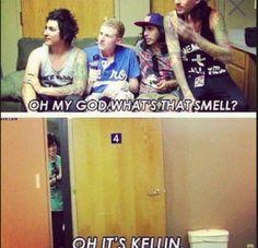 I love how Kellin is hiding behind the door
