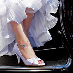 """Another blue anklet for your wedding day. @Joelle Labastide it's an anklet! not that visible but it think it could be a good """" something blue""""."""