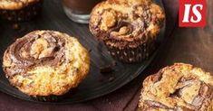 Leivontareseptit ovat usein pitkiä. Kuuden aineksen tiikerimuffinit tekevät herkullisen poikkeuksen ja valmistuvat 30 minuutissa. Cupcakes, Baking, Breakfast, Food, Ice, Drink, Morning Coffee, Cupcake Cakes, Beverage