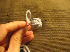 Great tutorial on threaded buttons