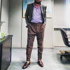 laneko69Hoy...#menstyle #menfashion #fashionable #fashionblog #fashiongram #fashionista #fashionblogger #blogger #blog #bloggerfashion #blogfashion #styleblog #styleblogger #bloggerstyle #blogstyle #instagood #instafashion #dapper #menslook #styleforum #outfit #lookbook #outfitoftheday #lookoftheday #outfitpost #sprezzatura #menswear #menfashionpost #fashionstyle #rincondecaballeros
