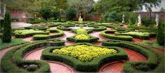 Latham Memorial Garden - Tryon Palace Historic Gardens - New Bern, NC - Coast