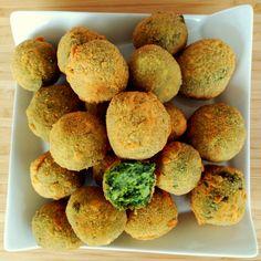 Bocaditos de brócoli y espinacas - Living las Vegans Delicious Vegan Recipes, Healthy Recipes, Veggie Recipes, Baked Potato, Healthy Life, Cravings, Muffin, Veggies, Appetizers