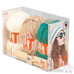 """Kit Hat"" coloris 700-710-060 https://www.rosemouton.com/lanas-stop-kit-hat-1394.html"