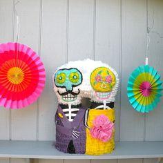Imagen de Dia de la Piñata pares muertos