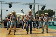 Achy Breaky Country Dance