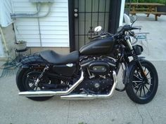 Harley Davidson motorcycle 2010 sportster 883 in Hammond, IN (sells for $4,000)