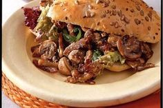 Broodje met romige vleesreepjes - Recept - Allerhande