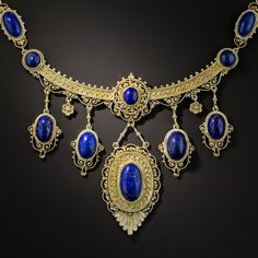 Lapis Lazuli Etruscan Revival style Victorian necklace - c. 1900 - gold cannetille and granulation Edwardian Jewelry, Antique Jewelry, Vintage Jewelry, Vintage Necklaces, Handmade Jewelry, Earrings Handmade, Royal Jewelry, Fine Jewelry, Gold Jewelry