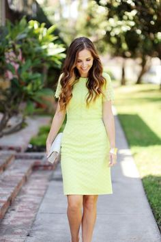 DIY FRIDAY: LIME LACE PENCIL DRESS | Merricks Art | Bloglovin'
