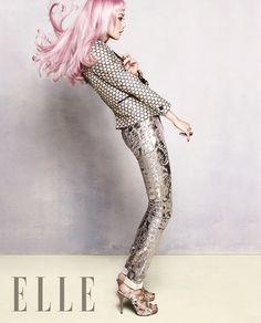 Yoon Seung Ah Elle Korea Magazine January 2013 Seung Ah, Long Pink Hair, Korean Fashion, Mens Fashion, Human Reference, Studio Shoot, Crazy Hair, Strike A Pose, Color Splash