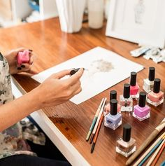In an Australian first - as part of QueensPlazas Rein Supreme VIP Fashion Event this Friday and Saturday local Brisbane fashion illustrator Penelope Bell will create a beautiful painting with our range of @GlossAndCo nail polishes. The piece is to be auctioned off in July with all proceeds going to Brisbane based charity Zephyr Education Inc. #glossandco #illustrator #nailpolish #painting #art #queensplaza  via FASHION TRENDS on INSTAGRAM -Celebrity  Fashion  Haute Couture  Advertising…