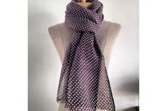 3a0e4c6315bb 35 meilleures images du tableau Echarpe foulard vert   Green wool ...