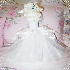 Victorian bride dress form