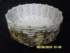Moje asylium: Papierowa wiklina po raz pierwszy :) - koszyk