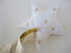 """Baguette magique de fée """" étoiles d'or """" . : Autres par au-zizile-bazar"""