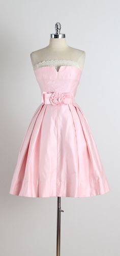 Tickled Pink . vintage 1950s dress . vintage by millstreetvintage