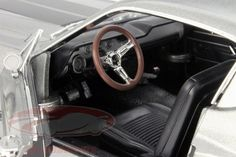 CK-Modelcars - 12909: Ford Shelby Mustang Eleanor Baujahr 1967 grau metallic / schwarz 1:18 Greenlight, EAN 810166019576