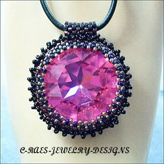 ravoli pendant necklace
