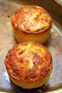 Soufflés au jambon - The Best Dinner Recipes Vegan Crockpot Recipes, Beef Recipes For Dinner, Baked Chicken Recipes, Cooking Recipes, Cake Factory, Fast Healthy Meals, Lunch To Go, My Best Recipe, Food Labels
