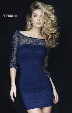 THE SLEEVES ON THIS DRESS IS STUNNING ,LOVING THIS DARK BLUE.