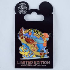 Happy Father's Day 2012 w/ Crush & Squirt Disney Pin Limited Edition 3500 MOC