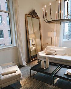 something special ♡ Home Living Room, Living Room Designs, Living Room Decor, Living Spaces, Dream Home Design, Home Interior Design, House Design, Design Design, Parisian Apartment