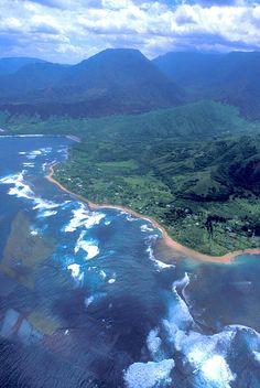 Surf On The Coast Of The Big Island, Hawaii