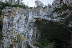 Caminhada por terras de Sicó - Viagens à Solta Half Dome, Trekking, Mount Rushmore, Mountains, Nature, Travel, Rocky Mountains, Drop, Walking