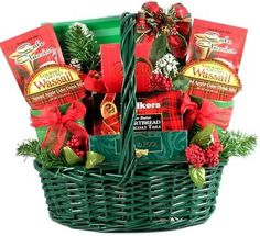 Christmas Classic Holiday Gift Basket - http://www.specialdaysgift.com/christmas-classic-holiday-gift-basket-2/