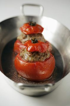 Pear Tomato Stuffed with Roasted Salted Cod and Egg Salad + Capers, Scallion and Caviar (use healthy homemade mayo and real caviar) Spicy Recipes, Vegetarian Recipes, Food Trends, International Recipes, Easy Cooking, I Love Food, Food Photography, Stuffed Peppers, Healthy