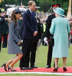 Did you know that Kate Middleton, before she became Catherine, Duchess of Cambridge and the future Queen of England, took etiquette classes on how to behave and act like royalty?  The former commoner had to learn how to sit, get out of a car, hold a teacup properly, and of course curtsey, before walking down the aisle with her very own Prince Charming.  And while the vast majority of us won't be marrying into the Windsor family, we can still learn the lessons Kate did to look as graceful…