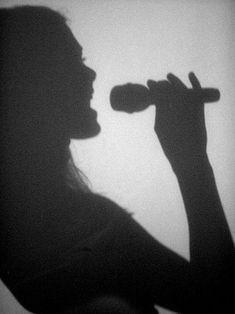 Singing Tips Videos Health Referral: 4069209407 Singing Lessons, Singing Tips, Jeane Manson, Geek House, Je Chante, Shotting Photo, We Will Rock You, Scott Pilgrim, Music Aesthetic