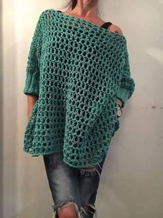 A free pattern for the Crochet Granny Square Poncho. The poncho is easy to adjust in size from neckline to finished length. Crochet Tunic Pattern, Easy Crochet Patterns, Crochet Cardigan, Crochet Stitches, Knit Crochet, Crochet Summer, Crochet Tops, Crochet Granny, Mode Crochet