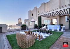 Modern Deck by Harold Leidner Landscape Architects