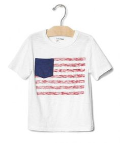 Comfortable and casual is the way to go if he's going to be running around and getting dirty during the backyard bash. The pocket detail and faded stripes on this relaxed jersey tee gives a new twist to the classic American flag t-shirt.