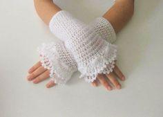 White Fingerless Gloves: