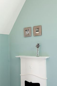 Eco-friendly paint and wallpaper Farrow Ball, Farrow And Ball Paint, Bedroom Green, Bedroom Colors, Bedroom Wall, Bedroom Ideas, Master Bedroom, Double Bedroom, Wall Exterior