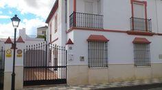 Casa Unifamiliar con 5 Habitaciones todo Exterior Anúnciate gratis en Internet #Sevilla #España #publicidad #negocios