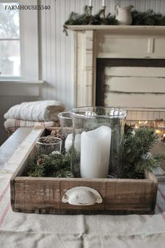 farmhouse-christmas-table-centerpiece