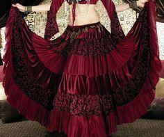 Deluxe Velvet Gypsy Skirt from Scarlet Lounge Gypsy Fashion, Tribal Fashion, Indie Fashion, Trendy Fashion, Gothic Fashion, Lolita Fashion, Steampunk Fashion, Gypsy Style, Boho Gypsy