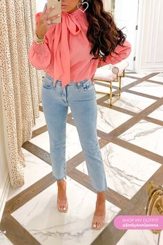 Valentine's Day Outfit Inspo [+ A Look For The Homebodies! Spring Fashion Casual, Denim Fashion, Girl Fashion, Autumn Fashion, Fashion Looks, Fashion Outfits, Womens Fashion, Warm Outfits, Spring Outfits