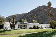 mid century palm springs homes | superbly successful renovation of a mid-century Californian house.