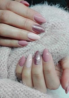 "If you're unfamiliar with nail trends and you hear the words ""coffin nails,"" what comes to mind? It's not nails with coffins drawn on them. It's long nails with a square tip, and the look has. Gorgeous Nails, Love Nails, My Nails, Matte Nails, Nails Today, Color Nails, Amazing Nails, Perfect Nails, Gel Nails Shape"