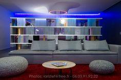 Loft Thyez, Haute-Savoie, France  Dum-Dum Architectes. Lien page complète :  http://confituremagazine.maison.com/architecture/loft-31-08-de-dumdum-design,a2228435.html