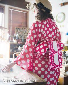 """""""【着物】 着物と着物まわりのかわいいもので帯と着物を同じデザインにしたものです。 さらっとした単のちりめんで作りました。 モデル  モーガン茉愛羅 ヘア Tomoko メイク AYA  #kimono #キモノ #着物 #きもの #yumi_kimono #yamamotoyumi #やまもとゆみ…"""""""
