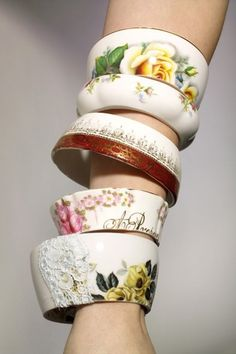 I have many of my ancestors tea cups and couldn't imagine cutting them up but these Tea Cup Bracelets are an amazing idea! Jewelry Accessories, Fashion Accessories, Jewelry Design, Bijou Box, Broken China Jewelry, Ceramic Jewelry, Tea Pots, Creations, Jewelry Making